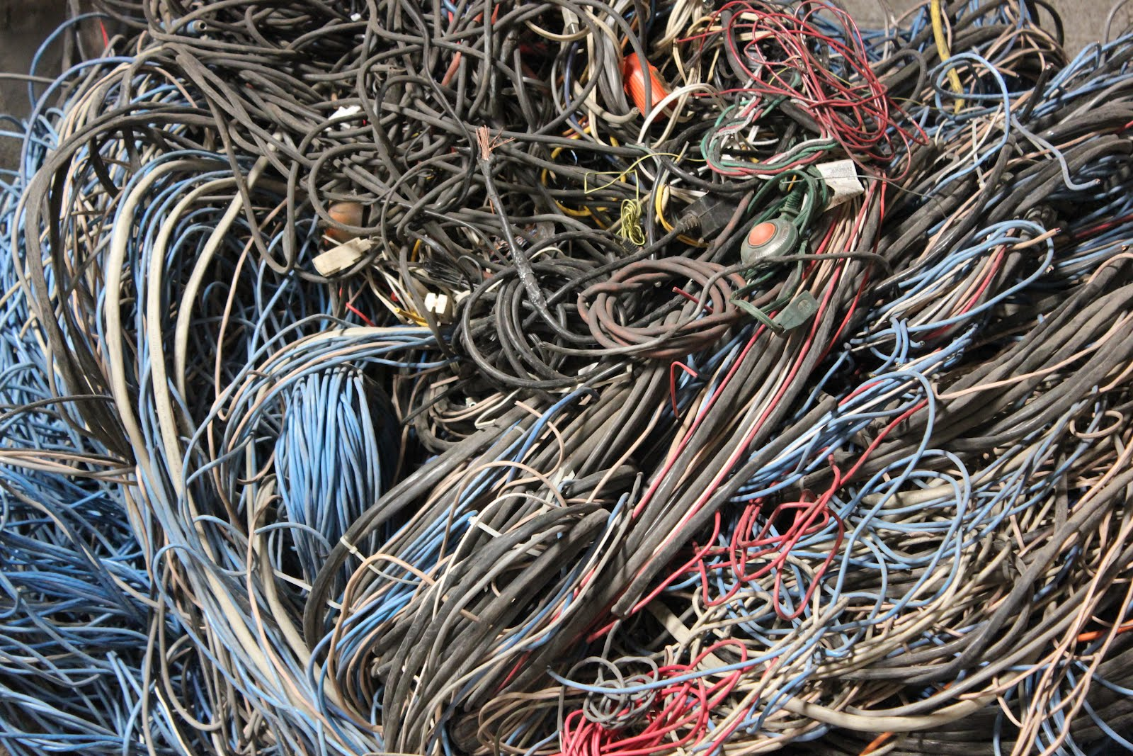 96 also 4 also Watch likewise Current Price For Scrap Metal 2 furthermore Scrap Copper Prices. on copper insulated wire scrap metal